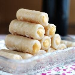 Traditional spanish sweets to celebrate todos los santos made with traditional spanish sweets to celebrate todos los santos made with marzipan recipe and forumfinder Image collections