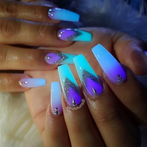 Glow In The Dark Powder Night Allpowder Tonyly Design By Tonysnail With Images Glow Nails Powder Nails Neon Nails