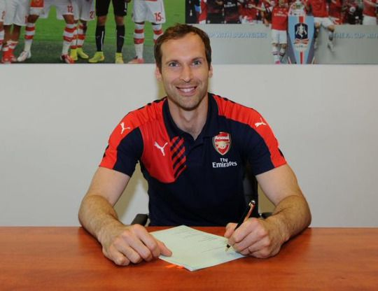 """I'm really excited about joining Arsenal Football Club and can't wait to join up for pre-season. I have the same commitment to football, the same motivation and the same hunger for success as I had at the beginning of my career, and I love the challenges brought by the top quality players you face while playing in the Premier League. When Arsène Wenger spoke to me about his ambitions for this club, and how he saw me as part of this team, the decision was clear."""
