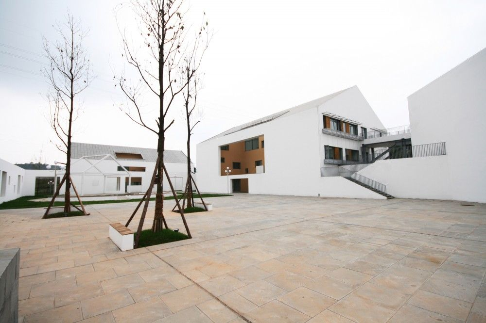 Deyang school for deaf intellectually disabled children for Southwest architecture
