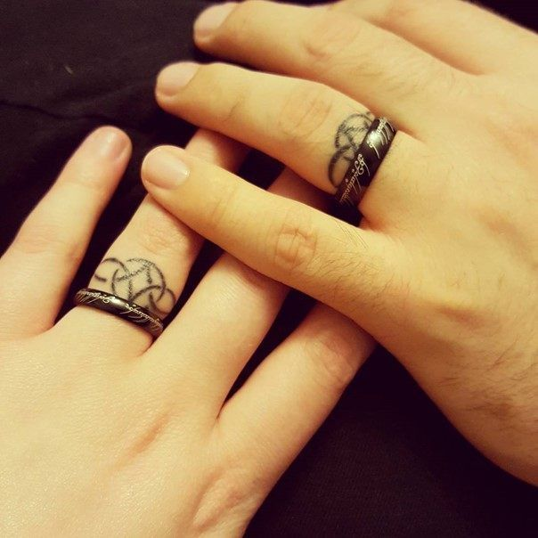 78 Wedding Ring Tattoos Done To Symbolize Your Love Tatuaje