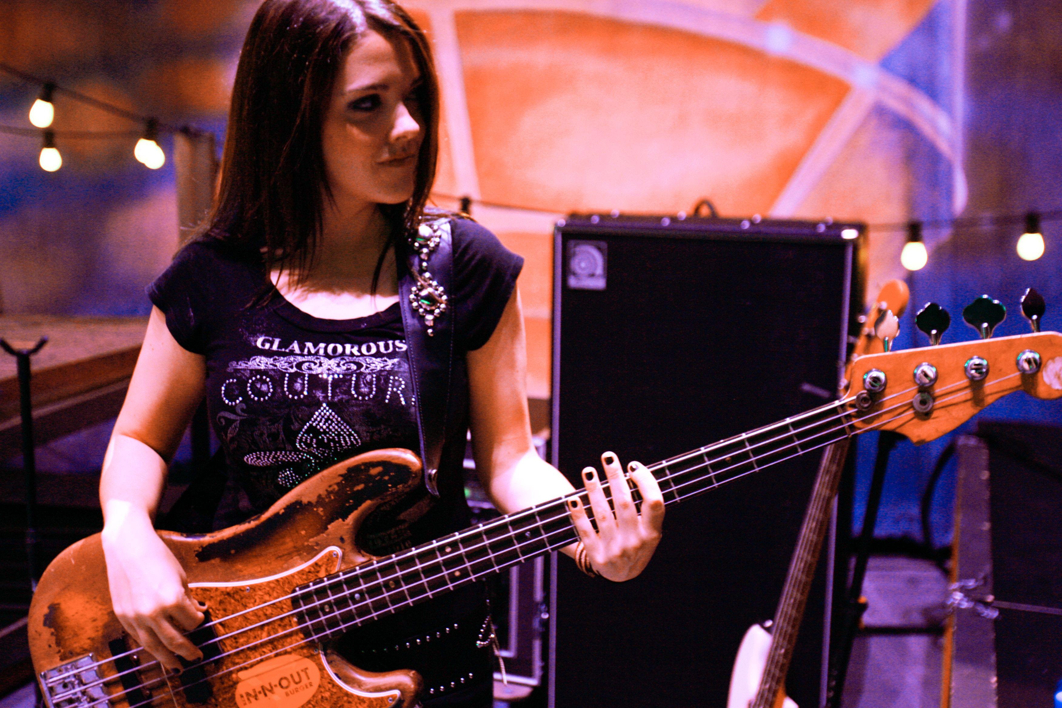 About Hot Girl Bass Players Pinterest Bass Annie And Guitar