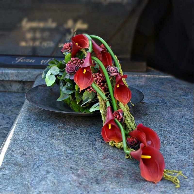 Dekoracja Nagrobna Nr 652 Flower Arrangements Diy Funeral Floral Funeral Flowers