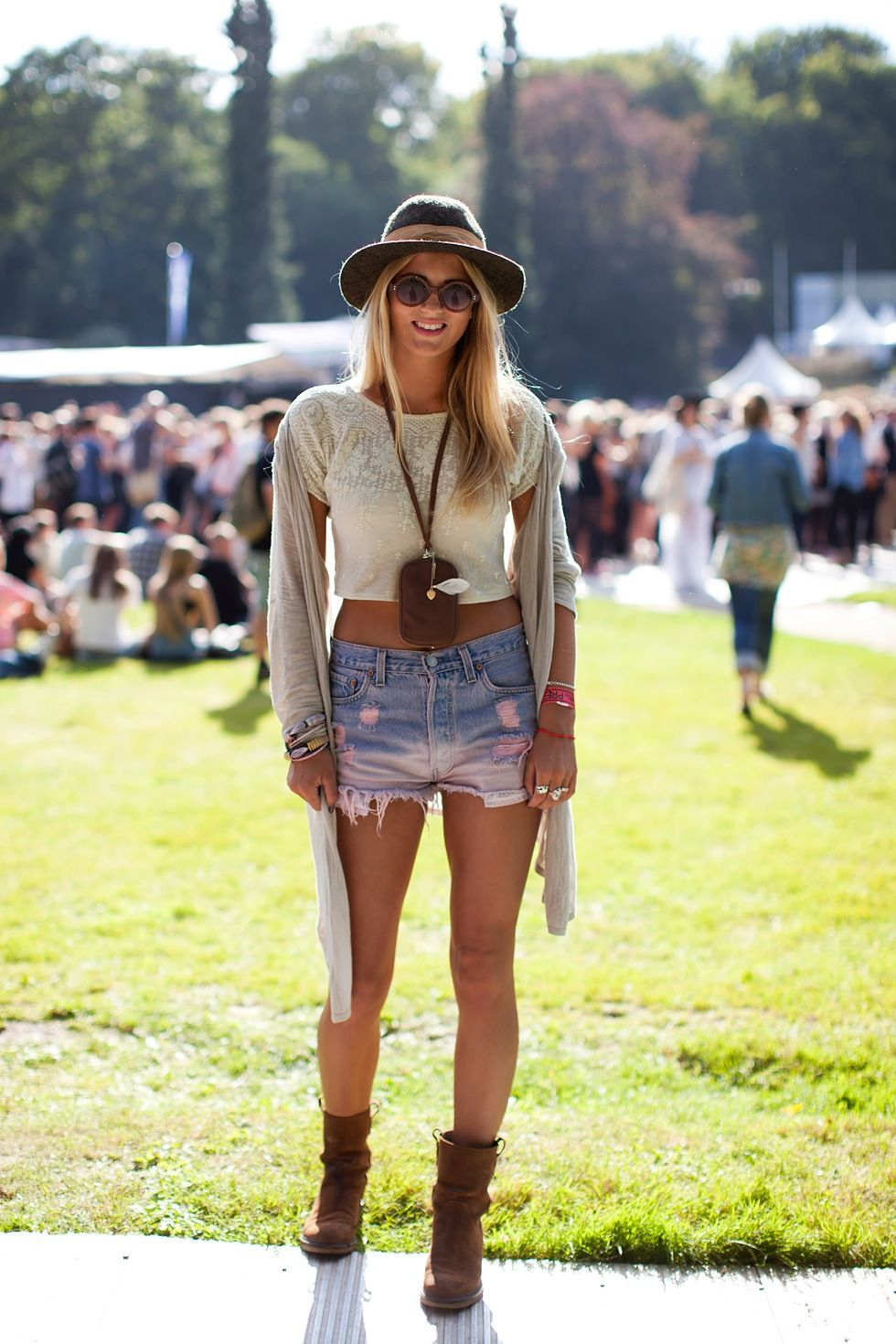 summer festival outfit need the bag round the neck!