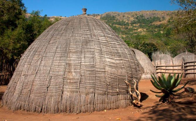 Swasiland - Reisen - afrikanische Hütte