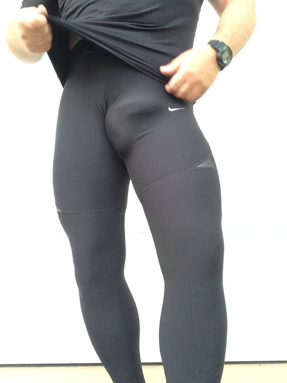 running tight lycra bulges White