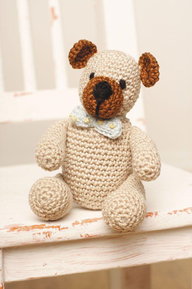 Réalisez ce doudou ourson au crochet avec les fils Petra DMC et faites plaisir !