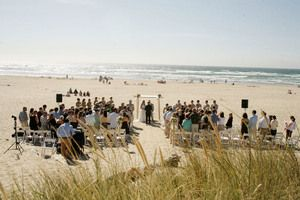 A Beautiful Beach Wedding Ceremony Just Northwest Of Portland Surfsand Resort Cannon Or