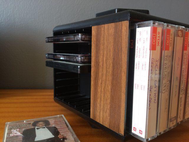 Range Cassettes Vintage Pivotant Annees 70 80 Epique Epoque Cassette Vintage Rangement