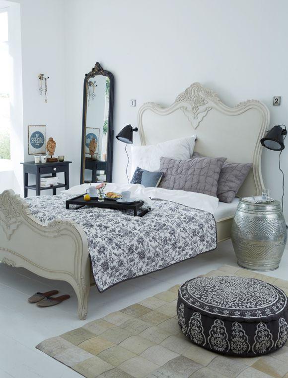 schlafen wie im k nigspalast mit diesem bett kein problem kopf und fu teil haben aufwendige. Black Bedroom Furniture Sets. Home Design Ideas