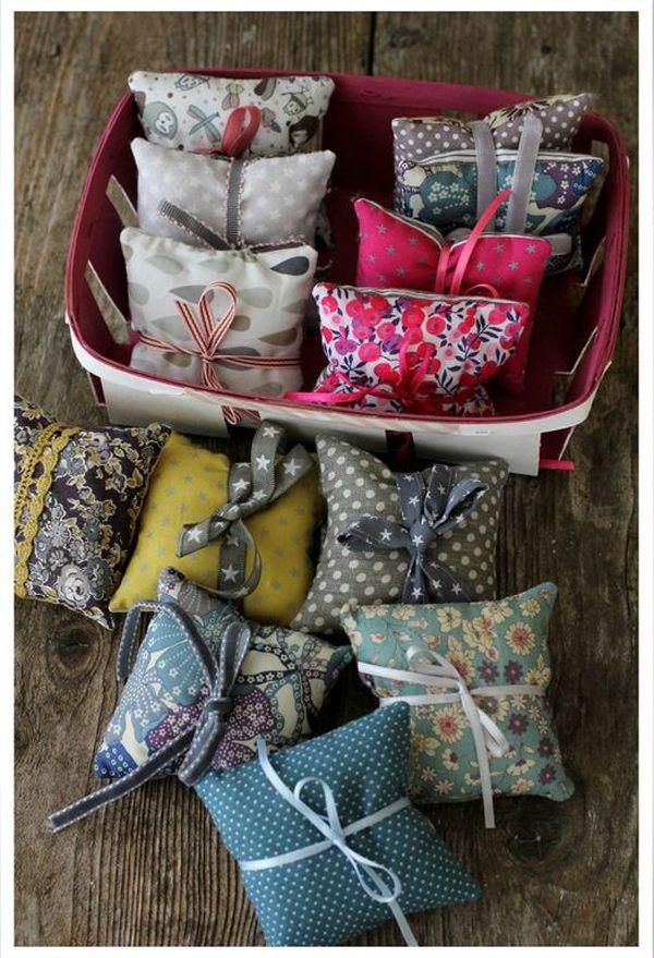 couture couture cadeaux couture sachets de lavande et. Black Bedroom Furniture Sets. Home Design Ideas
