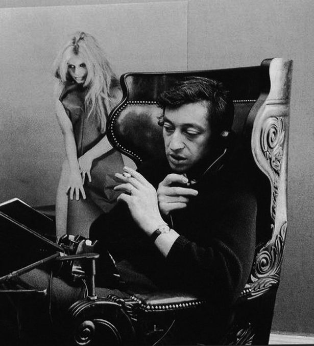 Serge.Gainsbourg.-.Best.Of.Gainsbourg.Comme.Un.Boomerang.(2011).zip