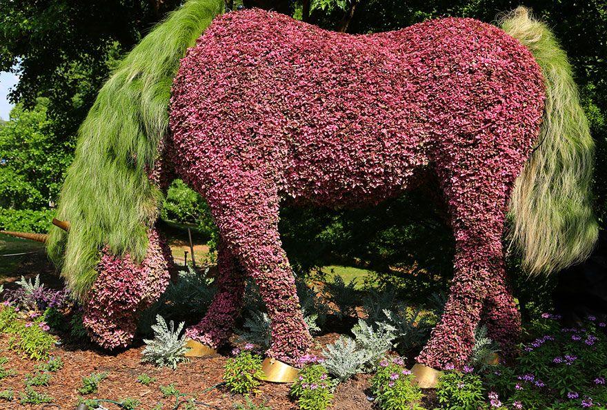 Giant Living Sculptures At Atlanta Botanical Gardens' Exhibition #botanicgarden
