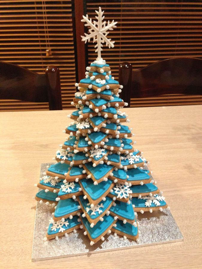 Gingerbread Christmas Tree.Gingerbread And Royal Icing Cookie Tower Cookie Tower