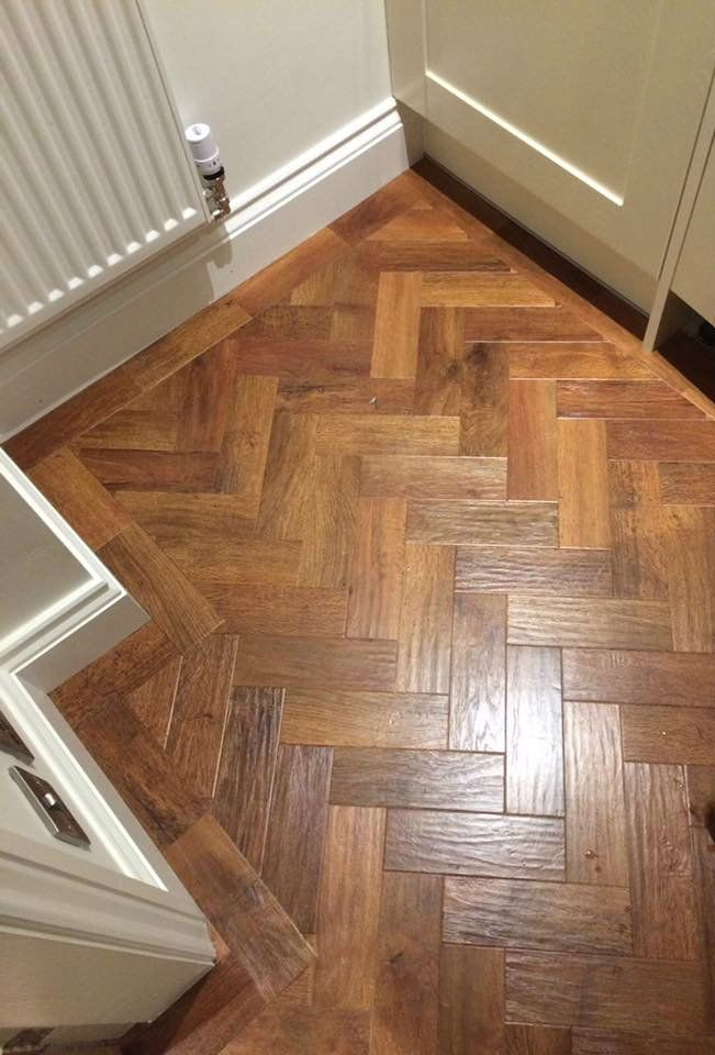 Karndean Art Select Colour Auburn Oak In Parquet Formation