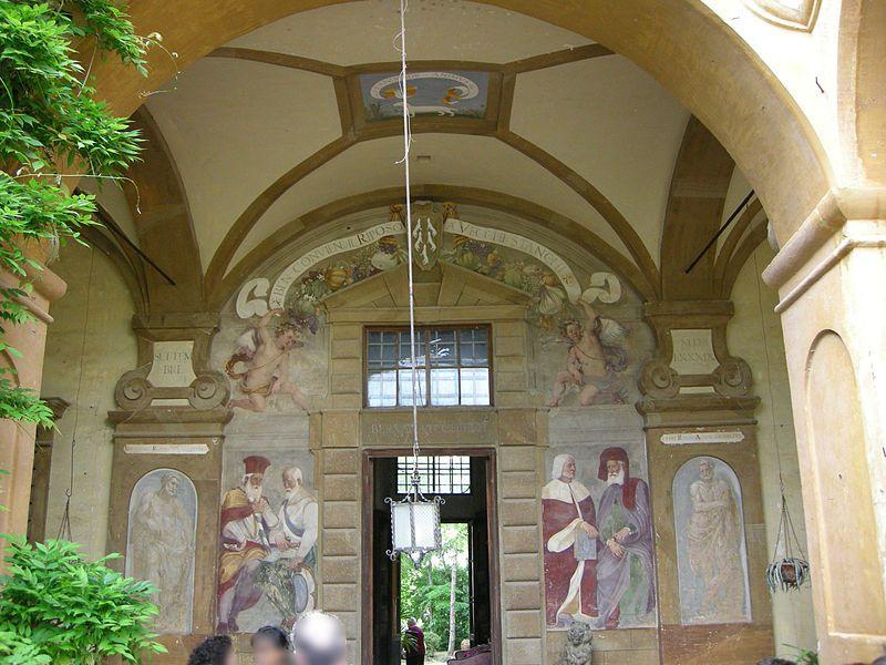 Bagno Tito ~ Santi di tito  attr a affresco portale del