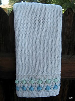 3 Sleeves to the Wind: Knitted Guest Hand Towel Pattern