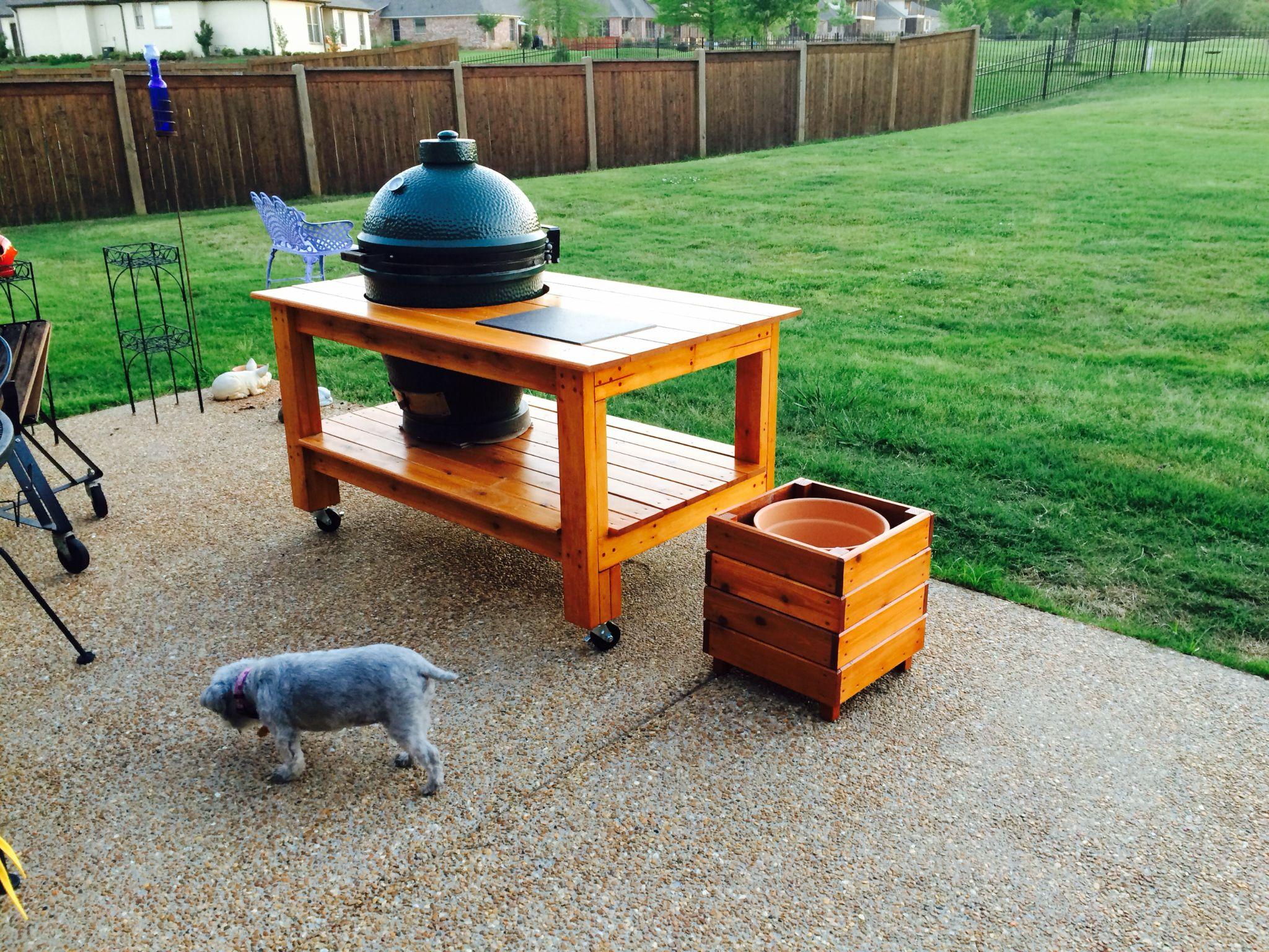 Big green egg table and planter box big green egg table