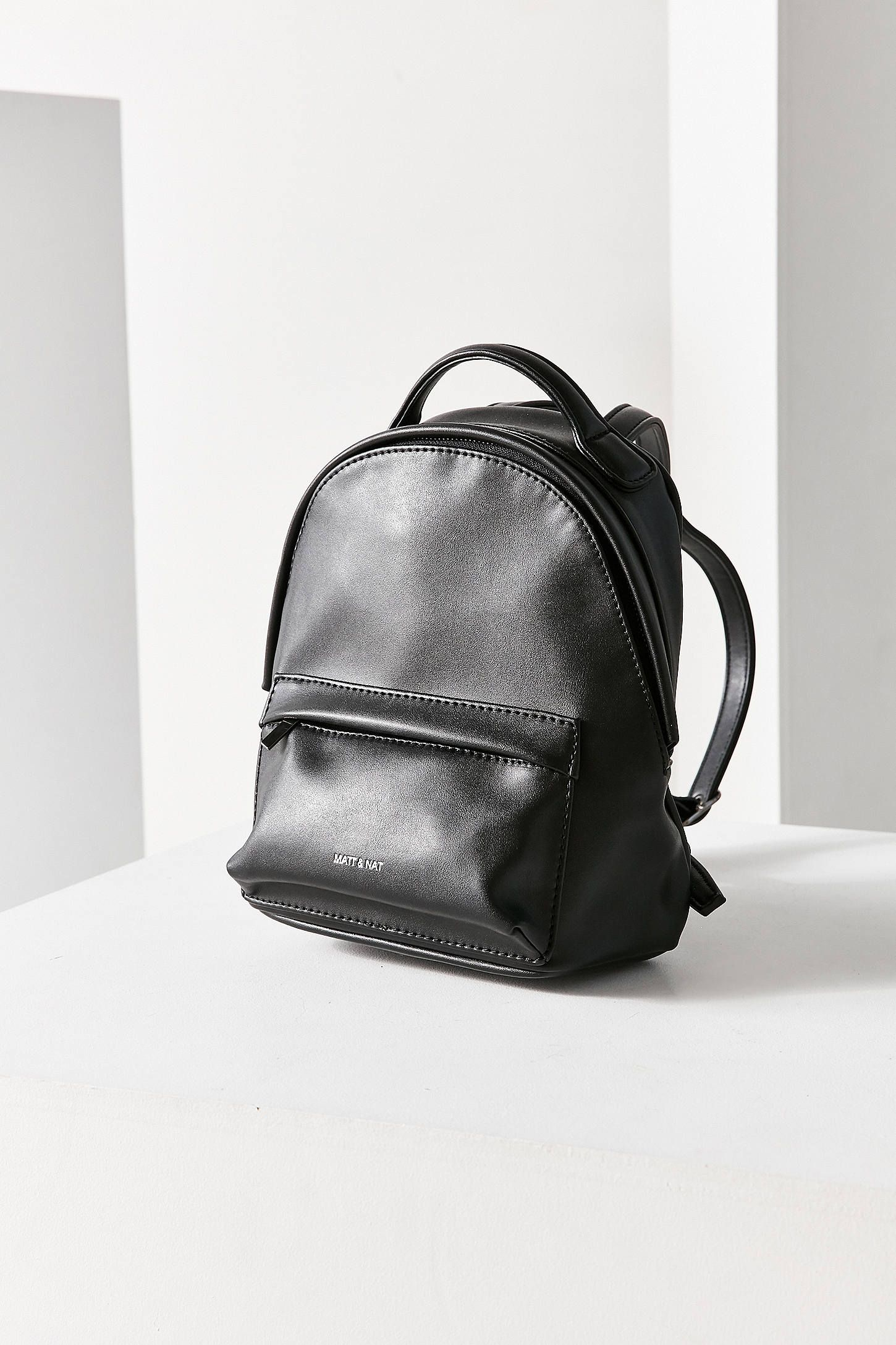 11eae9a79d Lyst - Urban Outfitters Urban Renewal Vintage Small Leather ... Totally  vintage mini backpack ...