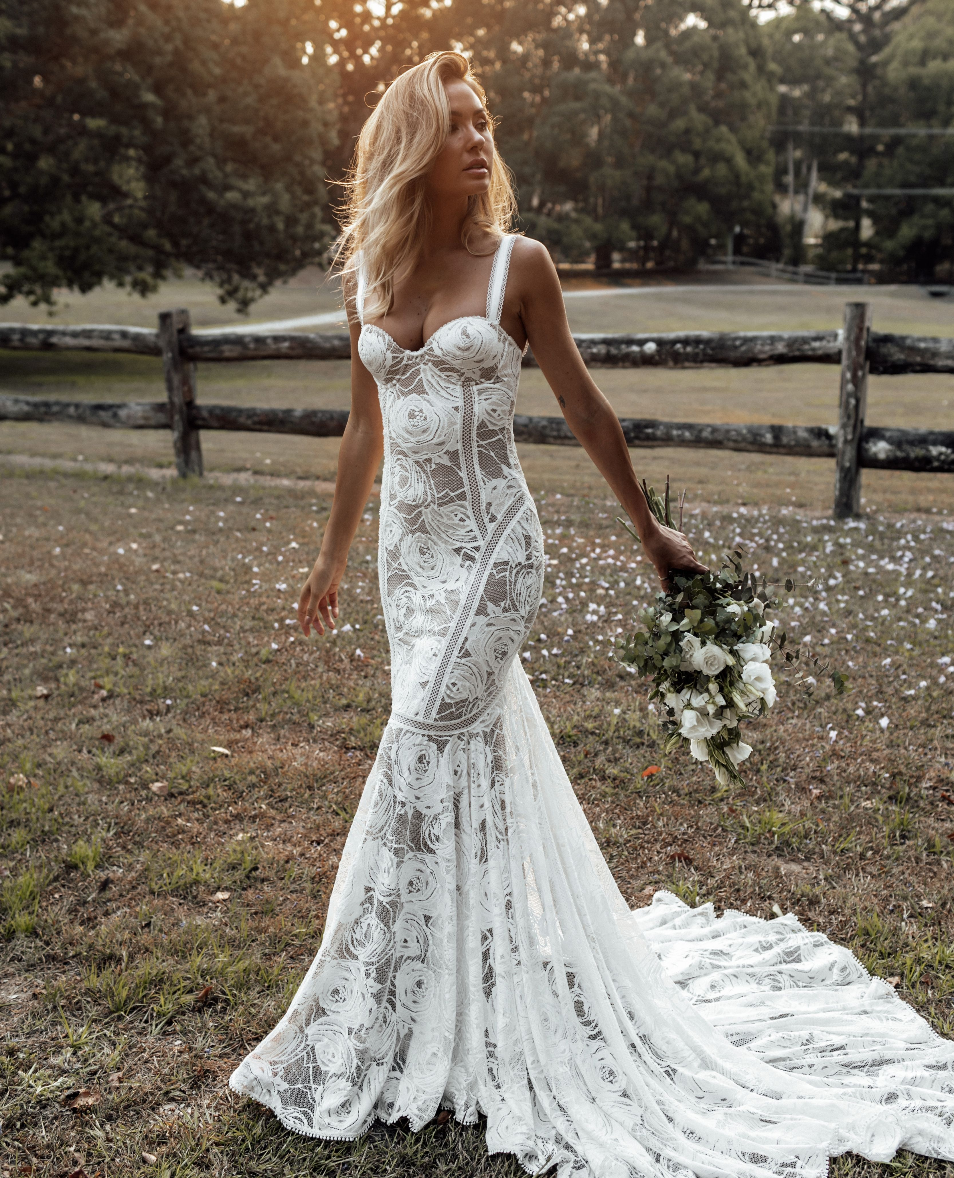 Palm Gown Lace Wedding Dress Grace Loves Lace In 2020 Country Style Wedding Dresses Wedding Dresses Mermaid Sweetheart Sophisticated Wedding Gown [ 4114 x 3333 Pixel ]