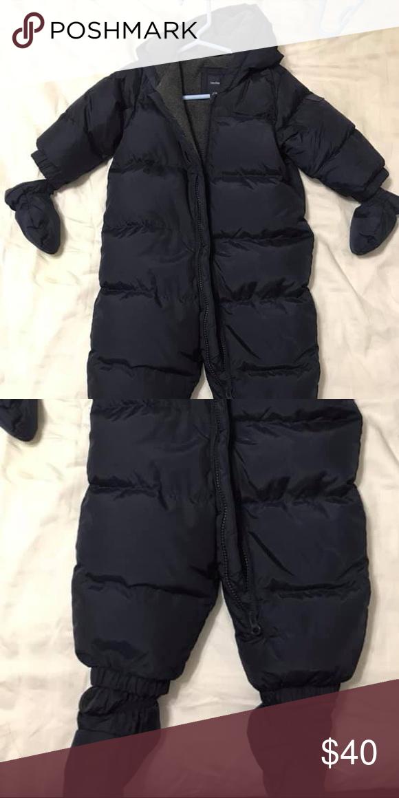 317c752d84e2 12-18 month GAP boys snowsuit