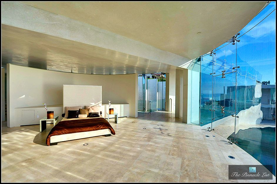 Razor House La Jolla