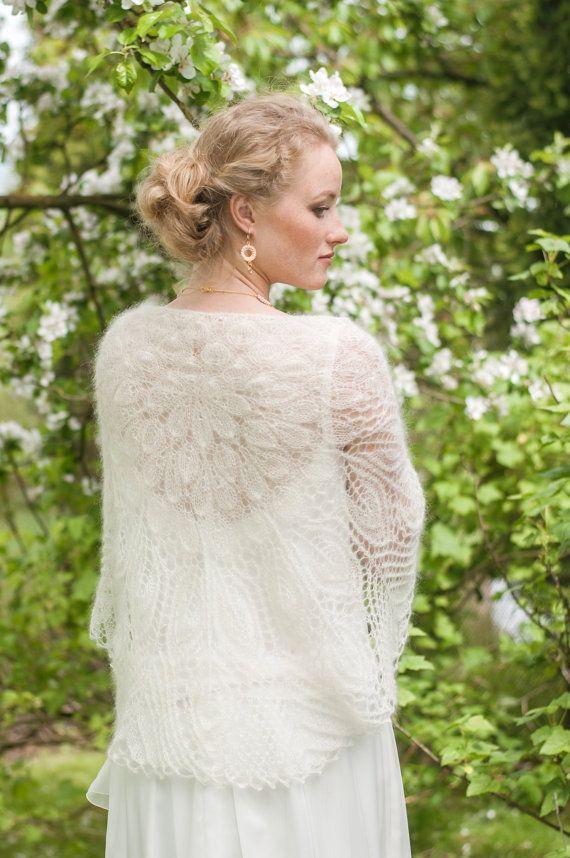 Wedding Laces Shawl, Handknitted Wrap, Wedding, Bridal wrap, Ivory ...