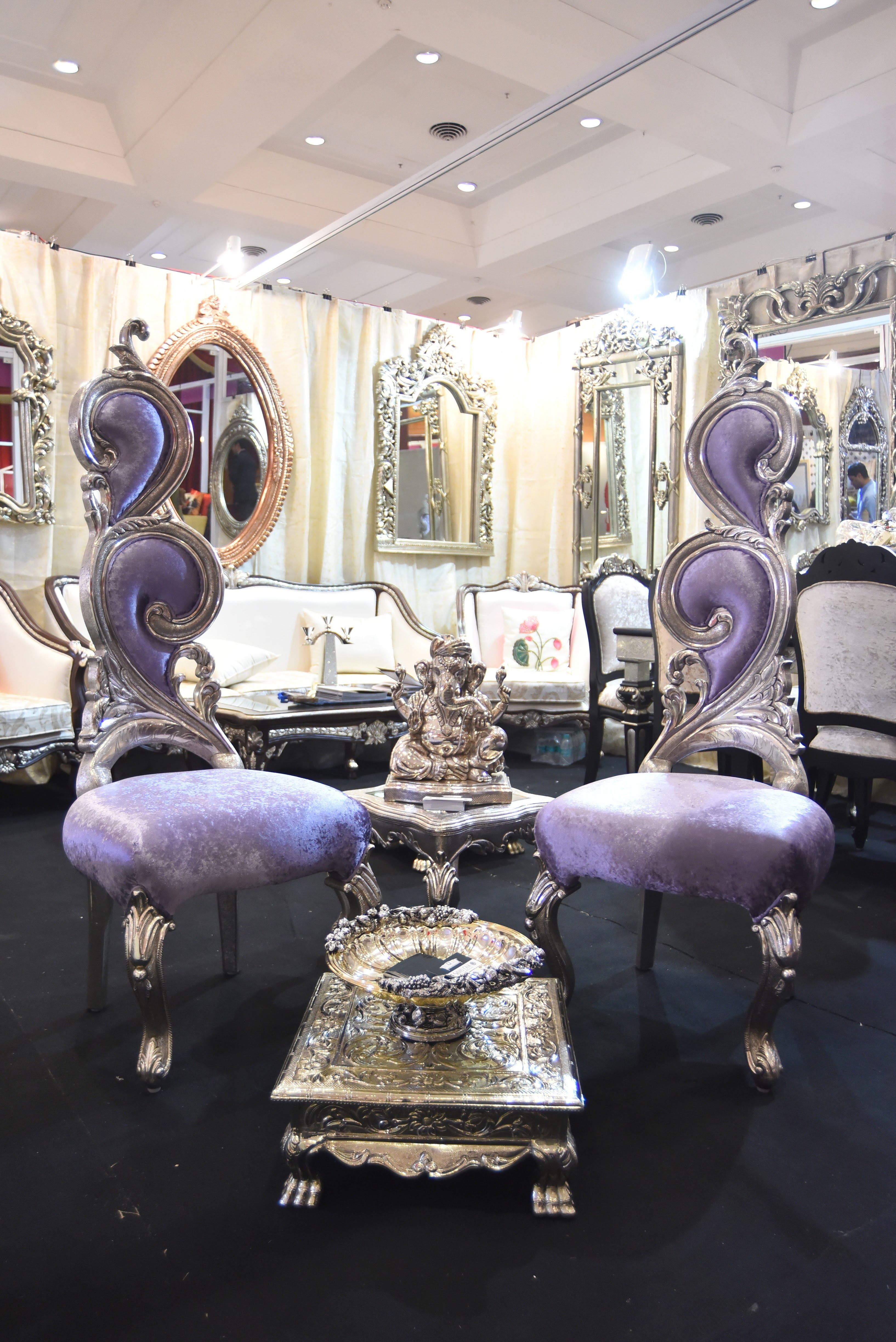SilvioCasa - a luxury silver furniture brand all the way from ...