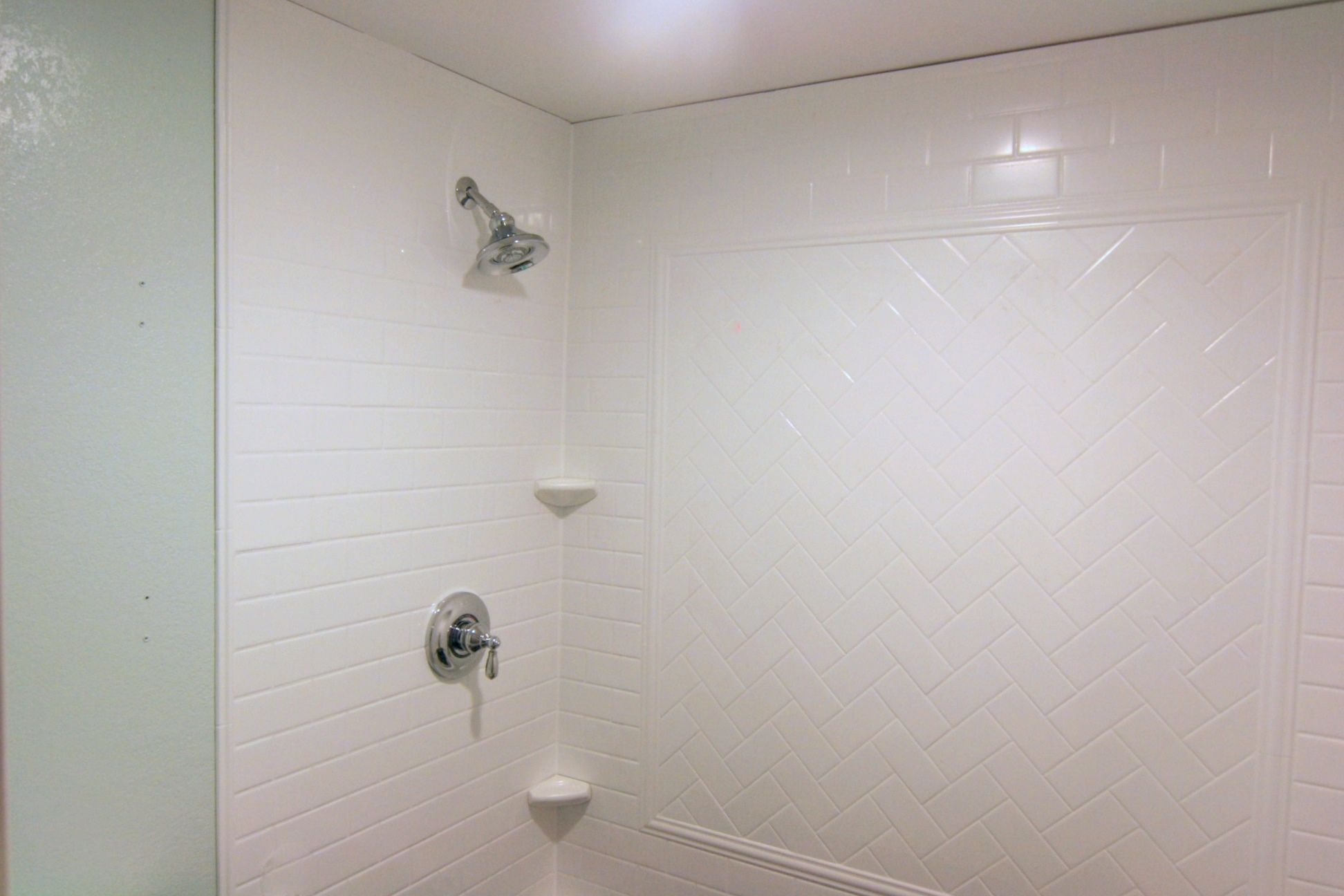 The results: pleasing to the eye shower area, the panels are easy to ...