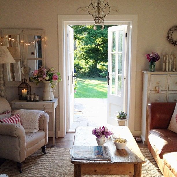 Il bellissimo cottage di clara small cottages wohndeko - Country cottage style living room ideas ...