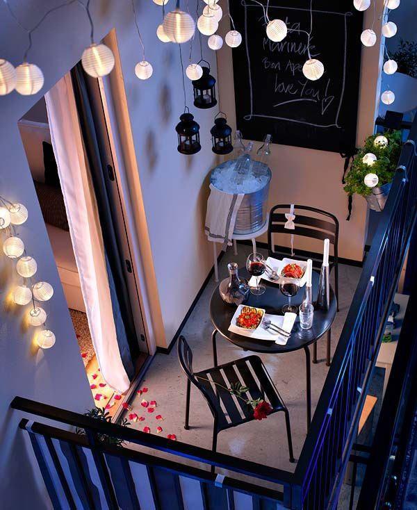 Photo of romantic-balcony-lights_mini.jpg (600×734) #Balcony Garden #Balcony Garden apar…