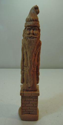 Santa-Claus-Chimney-Figure-Clay-or-Resin-Light-Color-Wood-Look-Textured-Finish