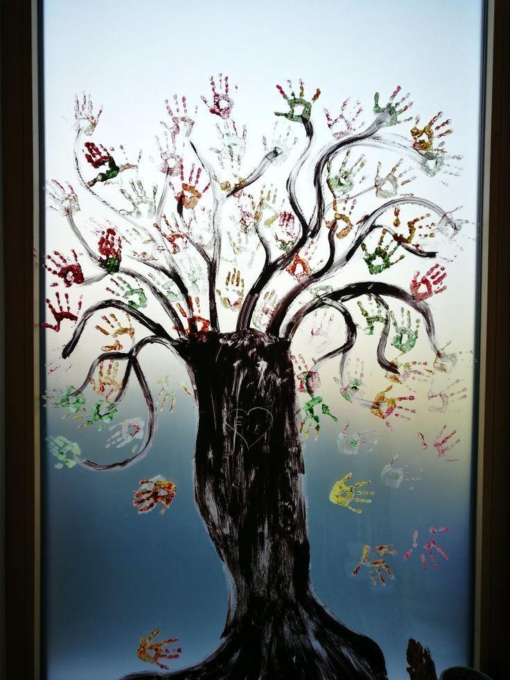 Herbstliches Fensterbild mit Fingerfarben - #diyFensterdekoFall #einfacheFensterdekoH ...   - Fensterdeko Herbst - #diyFensterdekoFall #einfacheFensterdekoH #Fensterbild #Fensterdeko #Fingerfarben #Herbst #Herbstliches #mit #fensterdekoherbst Herbstliches Fensterbild mit Fingerfarben - #diyFensterdekoFall #einfacheFensterdekoH ...   - Fensterdeko Herbst - #diyFensterdekoFall #einfacheFensterdekoH #Fensterbild #Fensterdeko #Fingerfarben #Herbst #Herbstliches #mit #fensterdekoherbst
