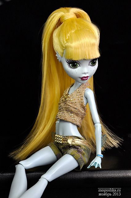 Monster High, Lagoona Blue with reroot by TilliBoo