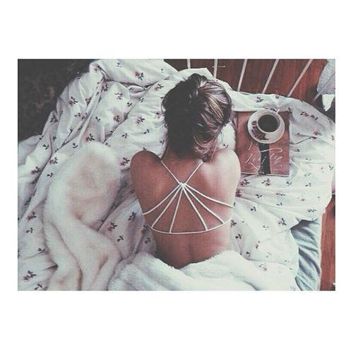 sleeping in {☀︎ αηiкα | mer-maid-teen.tumblr.com}