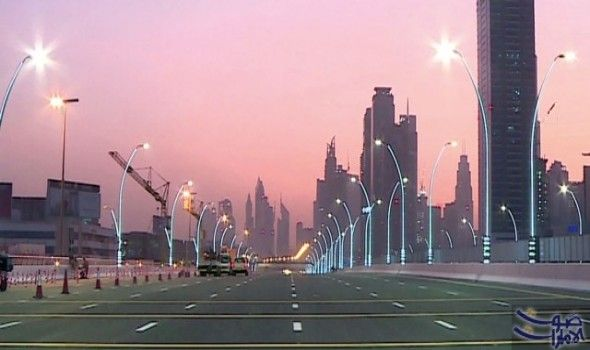 طرق دبي تطلق تصميم مركبات الأجرة الذكية كشفت هيئة الطرق والمواصلات في دبي عن حزمة جديدة من الخدمات الذكية التي تقدمها للم New York Skyline Skyline New York