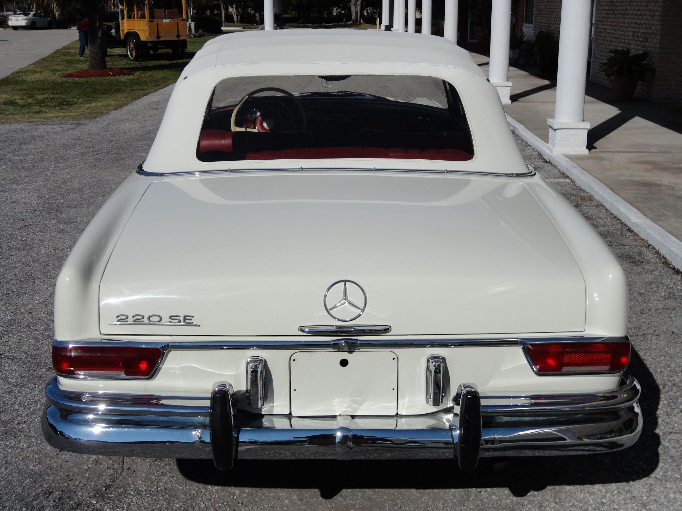 Hello my Love ❤ 1965 Mercedes Benz 220 SE Cabriolet White