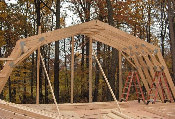 06 11 073 Jpg 600 408 Gambrel Barn Gambrel Roof Trusses Barn Roof