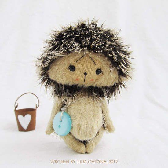 Hedgehog and bucket
