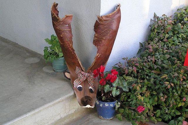 Palm Frond Reindeer