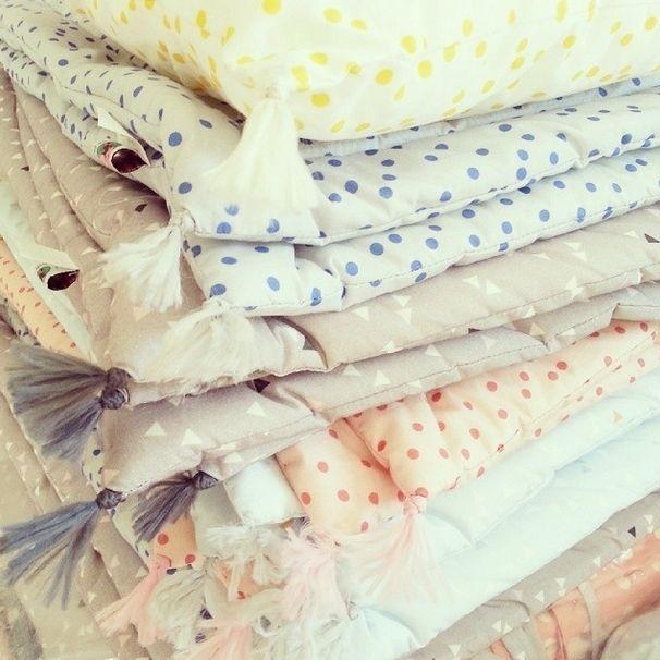 plaid enfant tapis de sol b b blanket derni res pi ces ancienne collection diy cadeau. Black Bedroom Furniture Sets. Home Design Ideas