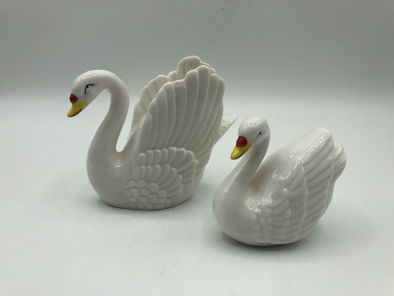 Lovely white swan salt and pepper shakers vintage ceramic