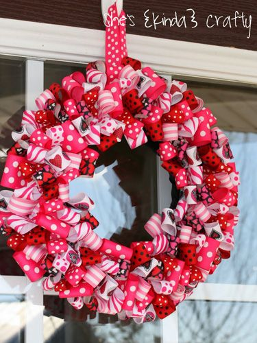 30 Darling Valentine S Day Wreaths My Work Featured Pinterest