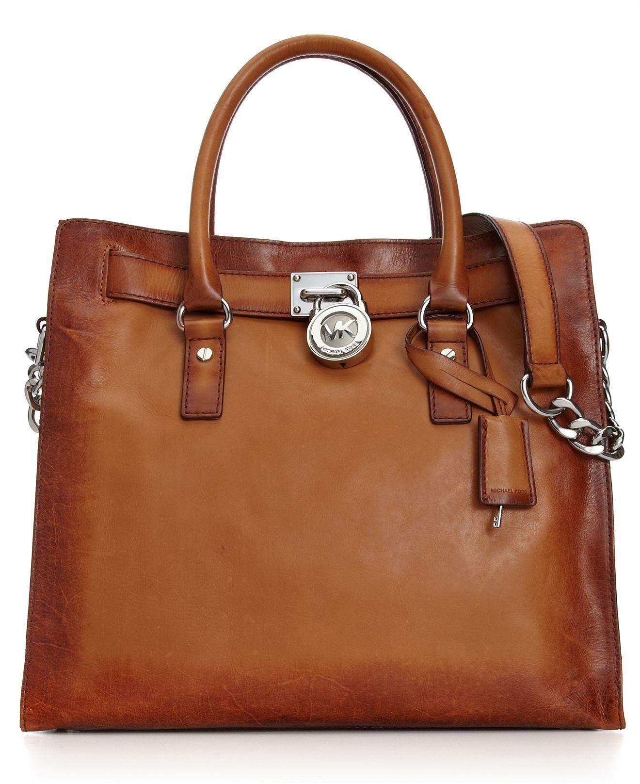 733fe44ca1e9 I want this bag!! MICHAEL Michael Kors Handbag