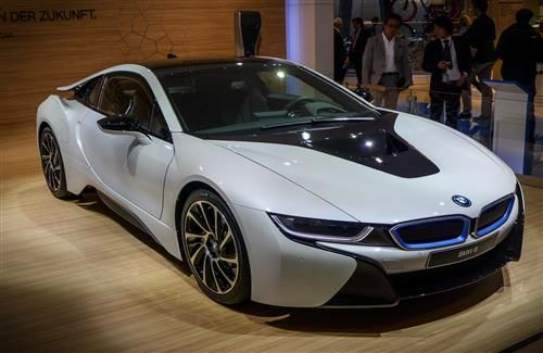 Latest New Crystal White Bmw I8 Luxury Two Seater Car Wallpaper Bmw Bmw I8 Bmw Car Price