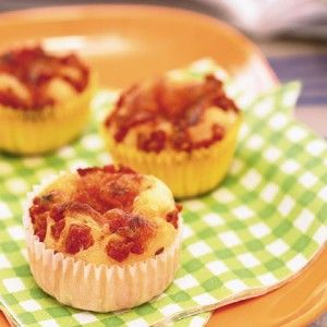 Mais muffins met Pizza Topping