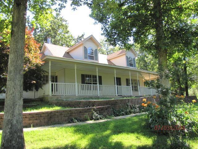 Beautiful porch. Dream house!