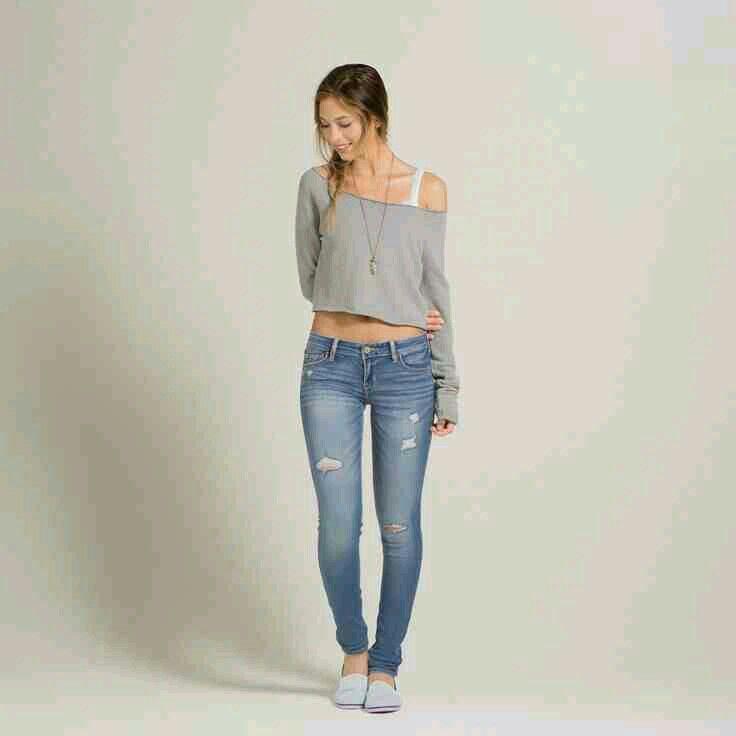 skinny teen Sarah