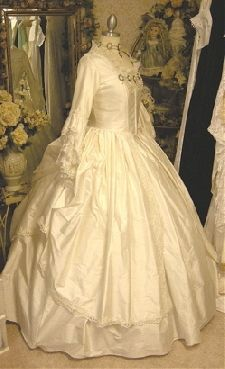 Baroque 18th century rococo fashion marie antoinette movie wedding ...
