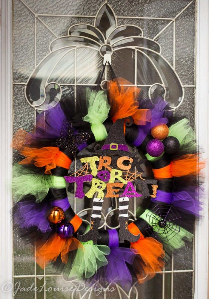 Shockingly Easy to Make Halloween Wreath Tutu, Wreaths and Instagram - decorations to make for halloween